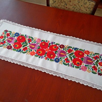 embroidered matyo table runner