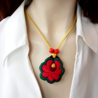 handnmade hungarian pendant embroidered